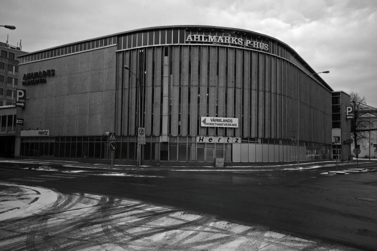 Ahlmarks Parkeringshus
