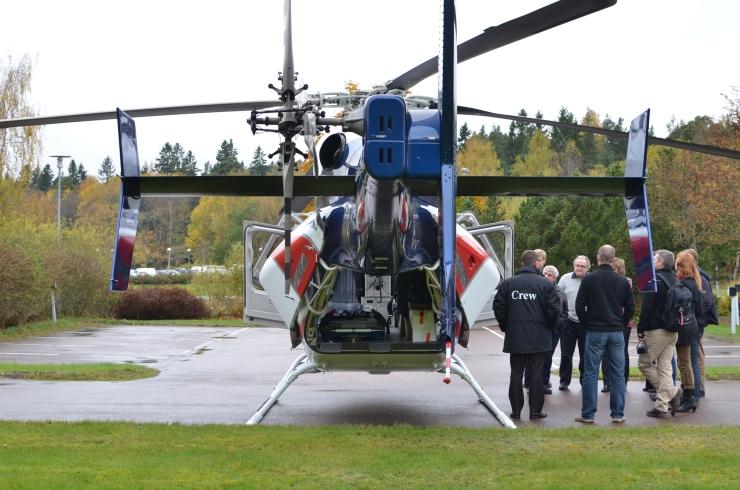 Helikopter Bell 429 bakifrån