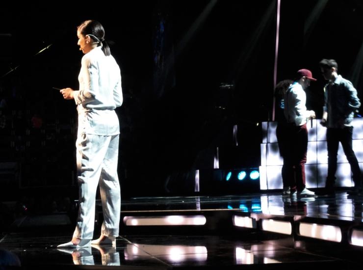 Gina Dirawi presenterar Behrang Miri Melodifestivalen 2013