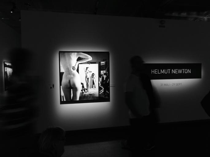 Fotoutställning med Helmut Newton på Fotografiska