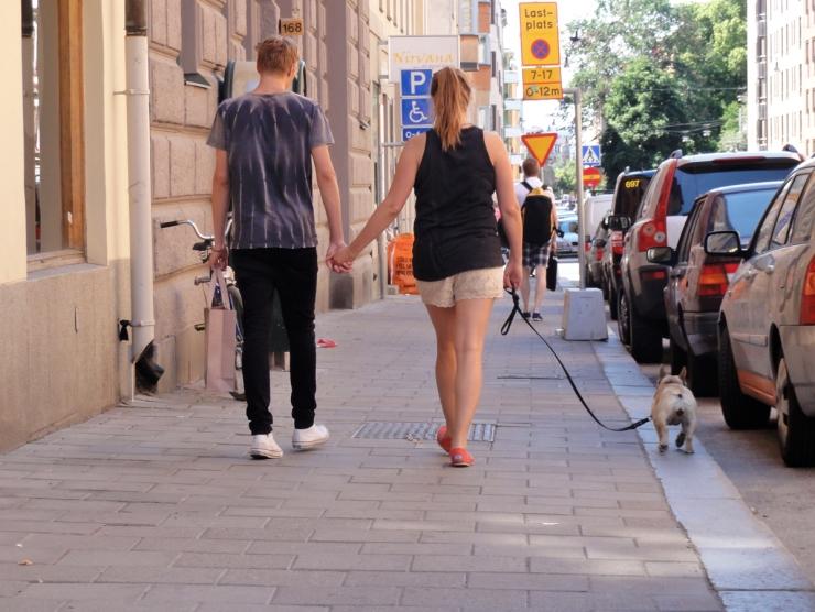 Ute med hunden
