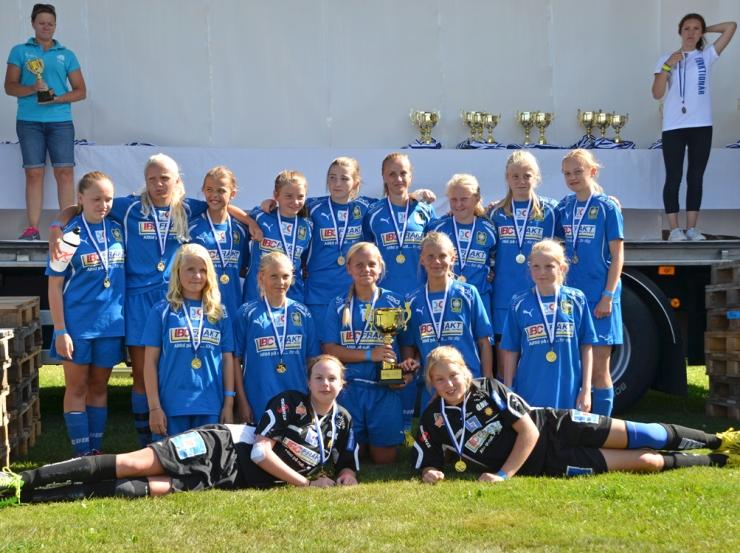 QBIK F00 vann guld i Svennis Cup 2013