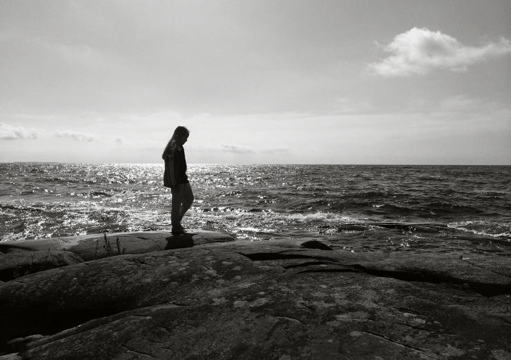 På klipporna vid Räggårdsviken