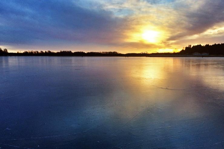 Solnedgång över isen