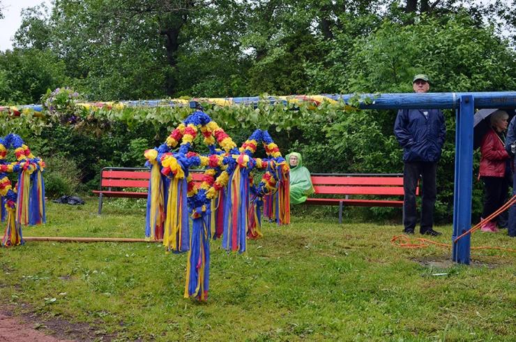 Åländsk midsommarstång