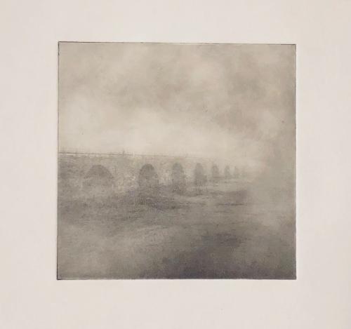 Stenbron i dimma - Fotogravyr med fotopolymer